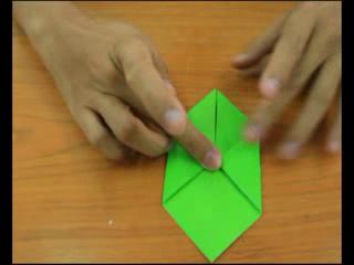 สอนพับกระดาษให้เป็นเต่า