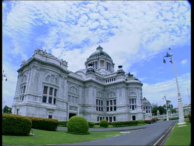 สารคดีเอกลักษณ์ไทย  ชุด  พระราชวังและวังในประเทศไทย ตอน พระราชวังดุสิต